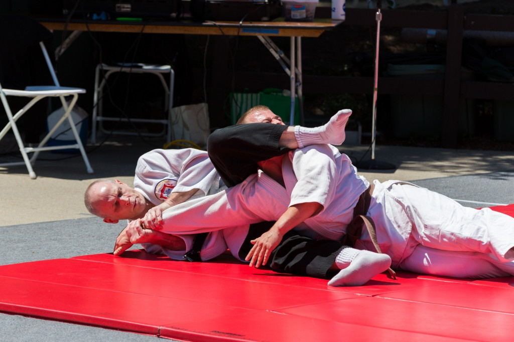 An arm bar from the ground